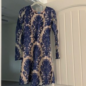 Chelsea and violet dress XS